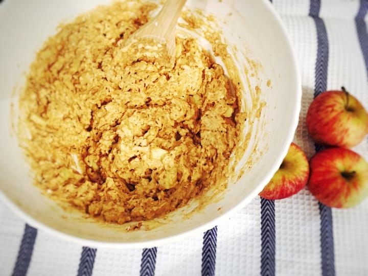 healthier-apple-muffins-2